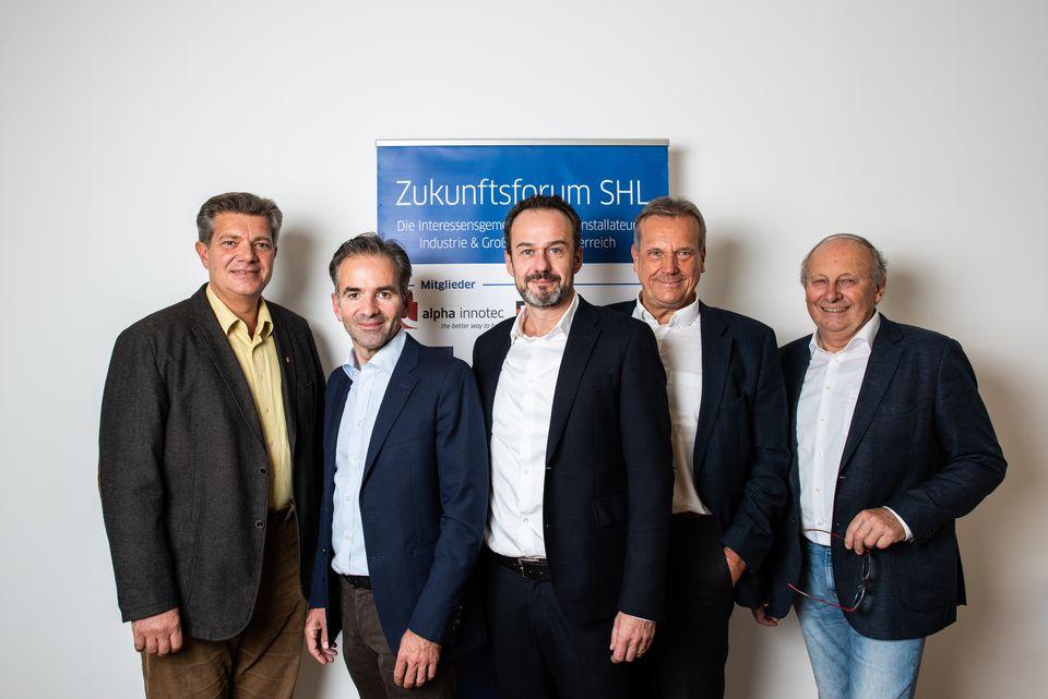Der Vorstand des Zukunftsforum SHL mit Bundesinnungsmeister Michael Mattes (rechts).